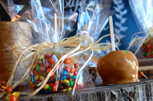 Easy, delicious, semi-homeade caramel apples!