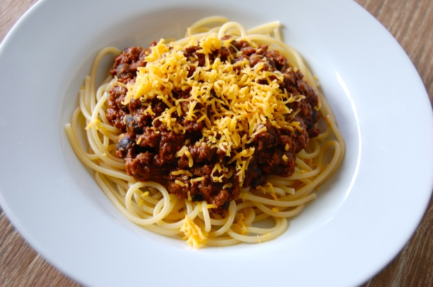 My favorite way to eat chili. On top of noodles!
